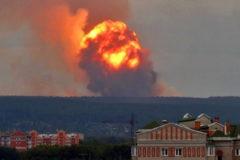 Один человек погиб при взрывах боеприпасов под Ачинском