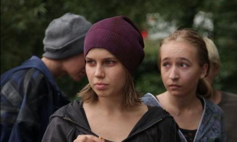 Школьнице кричали: «Добивай ее!» Каких детей видит священник на комиссии по делам несовершеннолетних