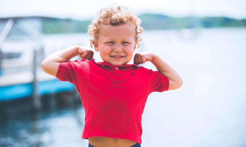 «Я – самый лучший ребенок». Какая самооценка – норма для малыша и пора ли бежать к психологу