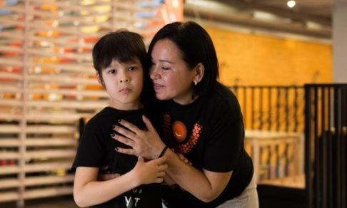 «Благодаря батуту сын перешагнул тяжелую степень аутизма». Мама запатентовала методику и работает с другими детьми