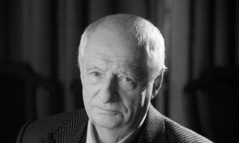 «Такой человек – что я ему скажу?» Как мой дедушка читал стихи Марку Захарову