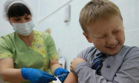 Прививки от гриппа: какие делать, можно ли детям, успеваем ли?