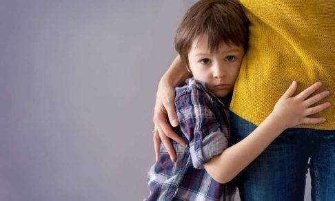 «Мы живем как военные в зоне боевых действий». Мама ребенка с аутизмом — о хроническом стрессе и необходимой вежливости