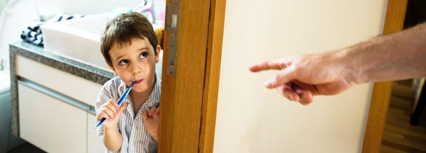 «Вымой, убери, сделай — потому что я так сказал». Дети слышат от нас лишь приказы, а мы теряем их доверие