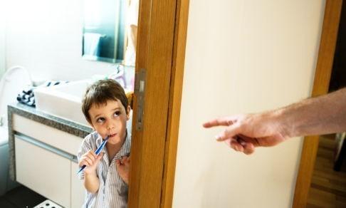«Вымой, убери, сделай - потому что я так сказал». Дети слышат от нас лишь приказы, а мы теряем их доверие