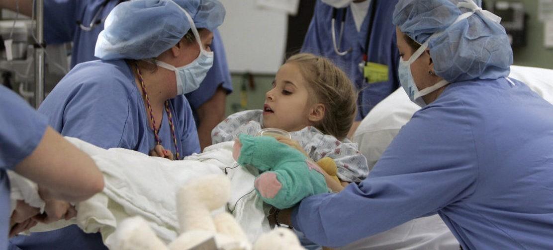 «Главное сейчас – спасти детей». Почему ликвидируют отделение трансплантологии, равного которому нет в России