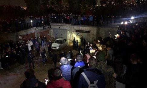 """""""Могла ли толпа разойтись?"""" Почему люди пошли к месту убийства девочки в Саратове"""