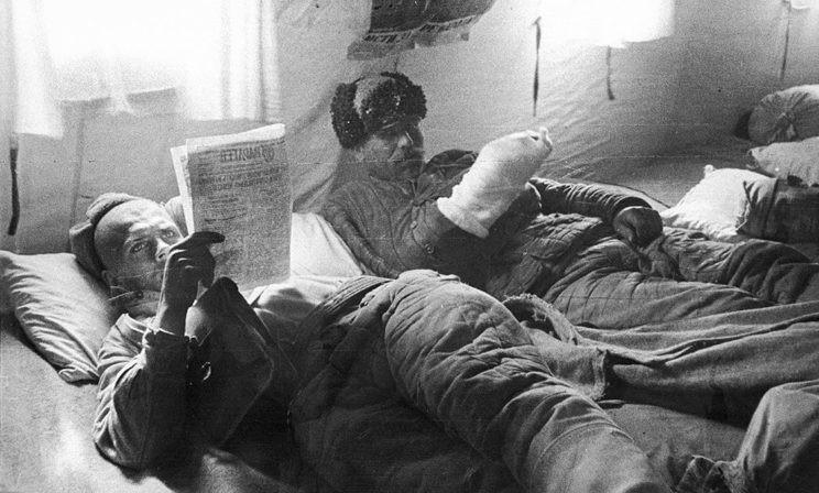 «На кроватях лежали молодые парни в окровавленных бинтах». Как сны возвращают в реальность