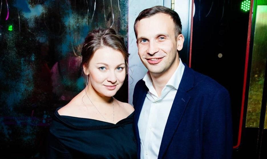Александр с женой Юлией. Фото: Yulia Bocharova / Facebook
