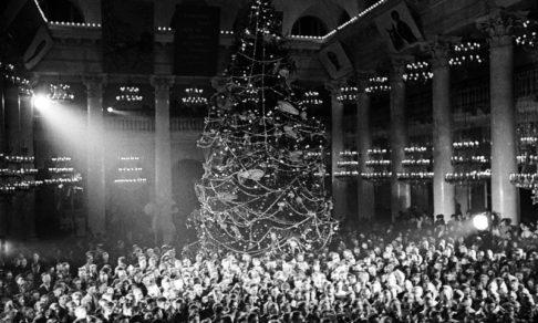 Дед Мороз с пулеметом и трофейные консервы. Как на войне отмечали Новый год