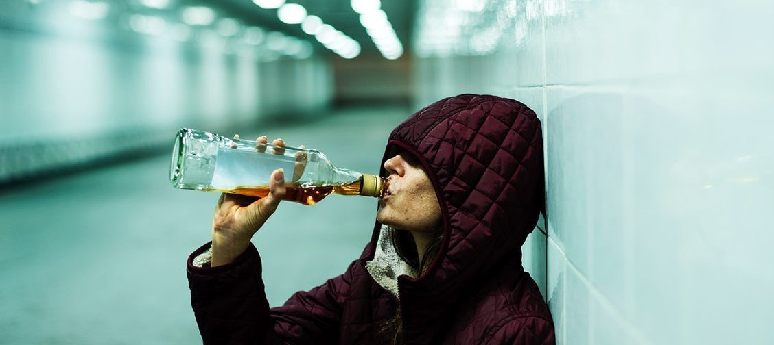 Я — алкоголичка и наркоманка. А люди вокруг не догадывались