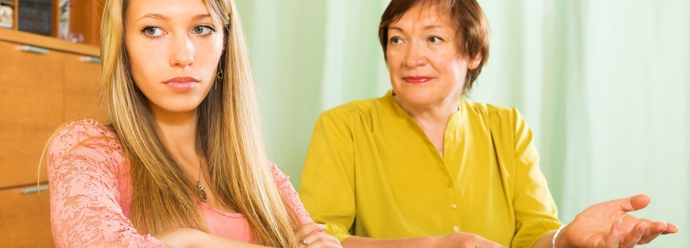 «Причина депрессии – мама». Правда ли, что токсичные родители – проблема с потолка?