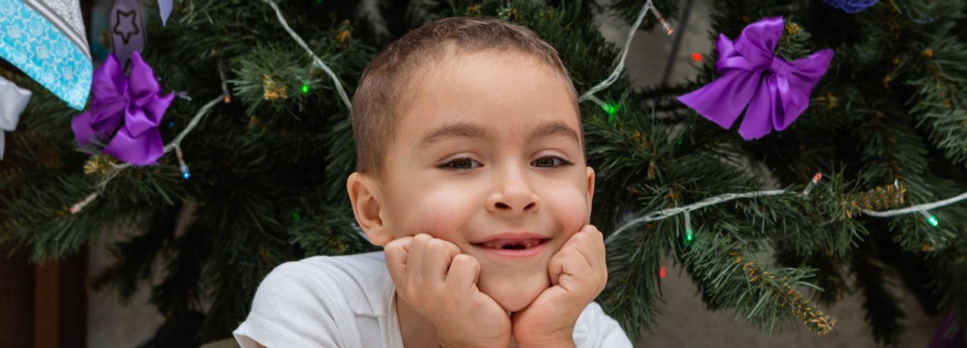 После детского массажа случился инсульт. Шестилетний Вова хочет встать с коляски