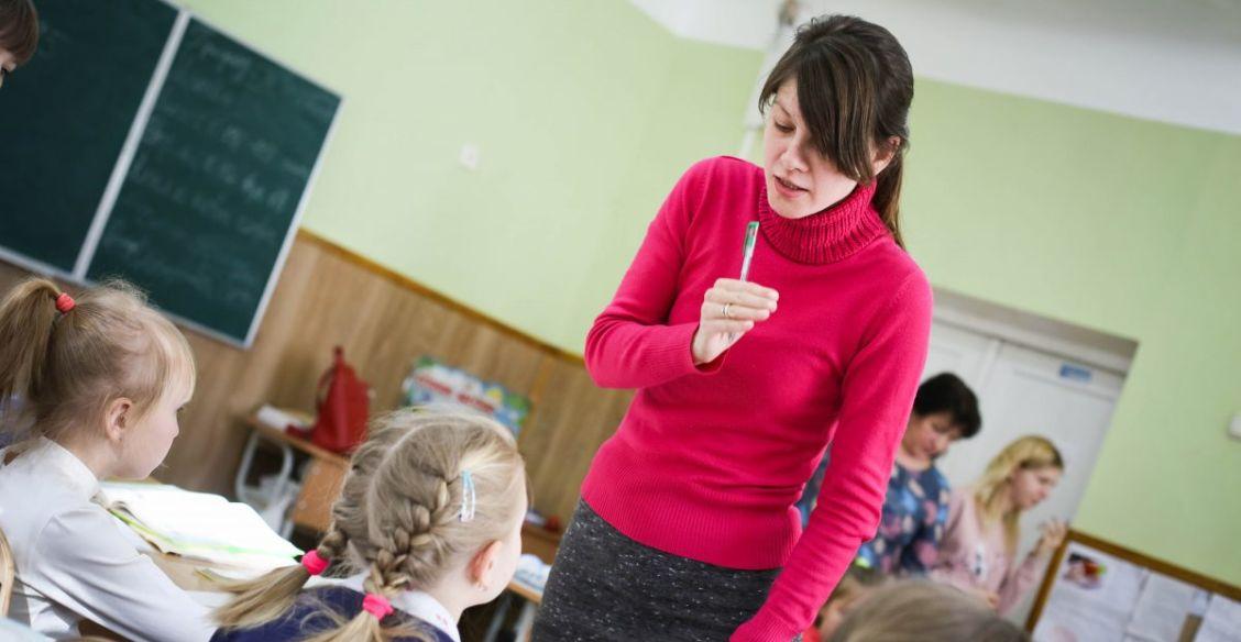 «Срывает уроки, посылает матом, а мы не имеем права ответить». Учителя - анонимно и честно об инклюзии