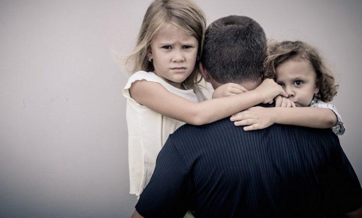 «Ушел из семьи, но не ушел от детей»