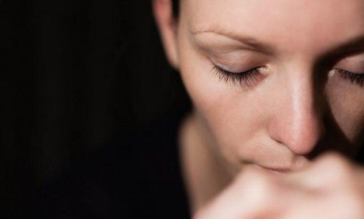 «Для многих выкидыш  — самое травмирующее событие в жизни». Как женщины переживают перинатальную потерю