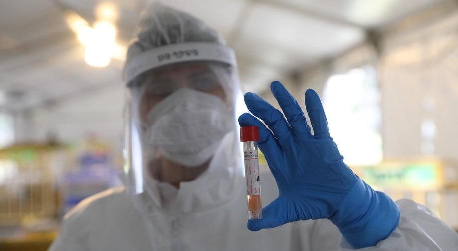 «Мы боремся за вас!» Американский врач — о борьбе с пандемией