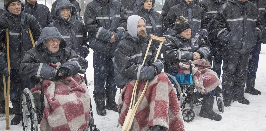 «20 тысяч человек останутся на улице без еды и медпомощи». Директор приюта — о бездомных и карантине