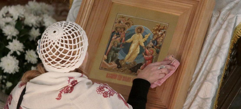 Эпидемия и церковная жизнь