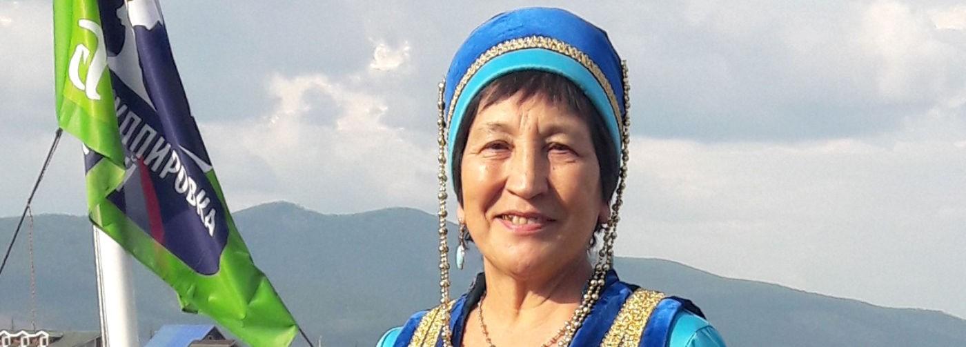 «Дорога вдохнула в поселок жизнь, но люди перешли все границы». Как добиться щадящего туризма на Байкале