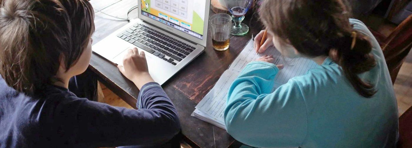 Учеба на карантине — это временно. Как сберечь нервы и реально помочь детям
