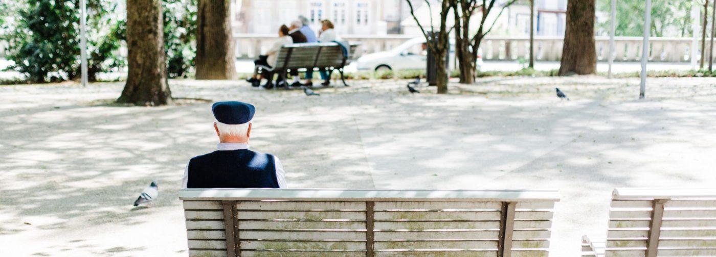 Как убедить пожилых во время эпидемии сидеть дома?