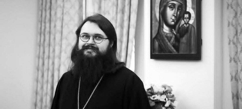 Смирение — это не «забиться в угол и не отсвечивать»! — иеромонах Андроник (Пантак)