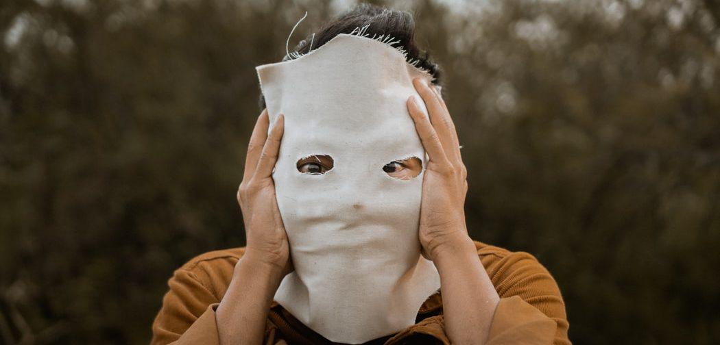 «Ужас, вот что есть во мне!» Психолог — о наших темных сторонах и о том, что с ними делать