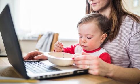 Как работать дома, если у вас маленькие дети. 10 советов от опытных родителей-фрилансеров