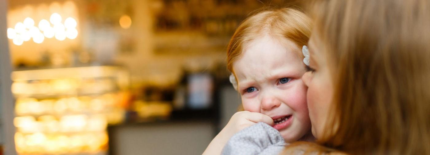 «Уберите вашего ребенка!» Можно ли семьям детей с аутизмом этого избежать