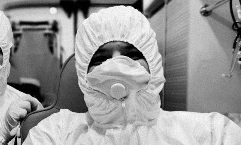 «Коронавирус вплотную подошел к каждому из вас». Советы больного врача, который не относился к пандемии серьезно