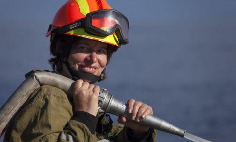 «Мы в лесу, а на нас идет стена огня». Анна Барне — о лесных пожарах, героях и помощи погорельцам