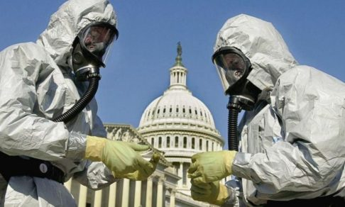 «Следующая неделя будет нашим 11 сентября». Как США оказались не готовы к эпидемии