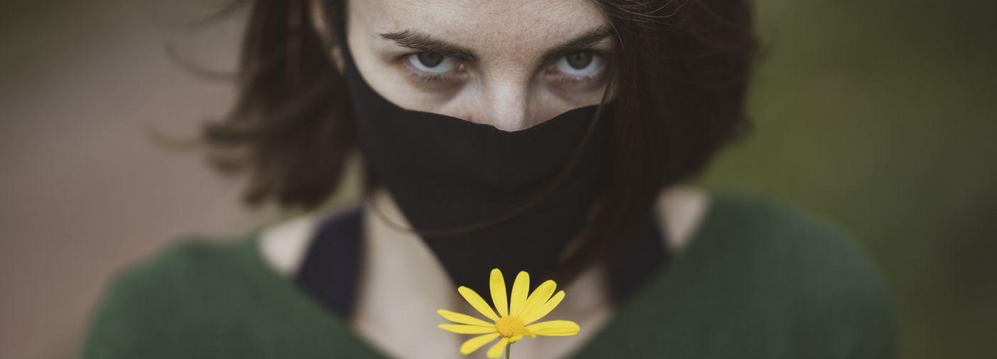 «Надежда есть, но расслабляться рано». Фтизиатр Анна Белозерова — о тревоге и беспечности в период пандемии
