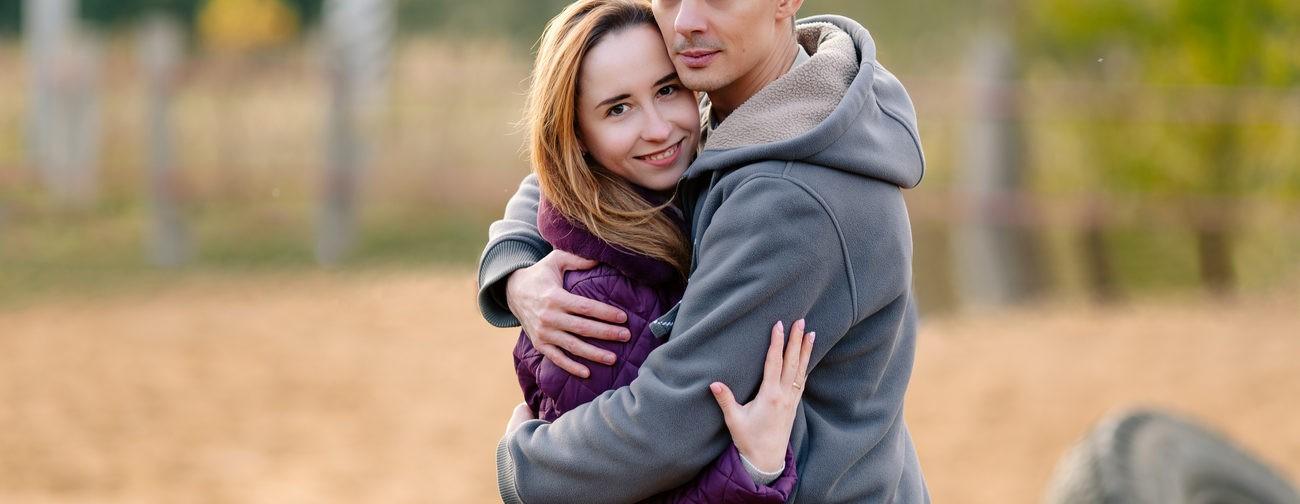 «Я просил жену не ходить в красную зону». История любви врачей в эпоху ковида