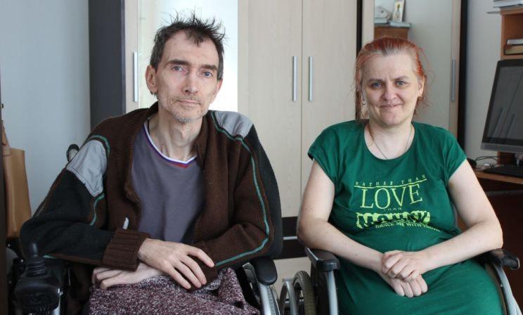 «Каждый день я ищу причины для радости». Супруги из Новосибирска познакомились в больнице