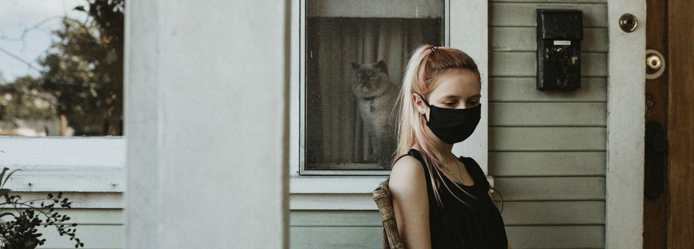 «Я устал от самоизоляции». Психолог Екатерина Бурмистрова — о том, как себе помочь