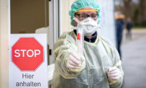 Больницы никому не подчиняются, а СИЗы одноразовые. Как Германия борется с эпидемией