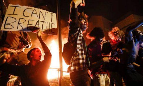 Пятидесятница в огне. Священник Эндрю Стивен Дамик — о протестах в Америке, ненависти и любви