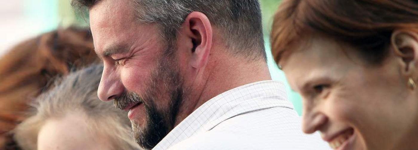 «Моего брата убили террористы». После смерти матери и инфаркта Дмитрий начал помогать другим