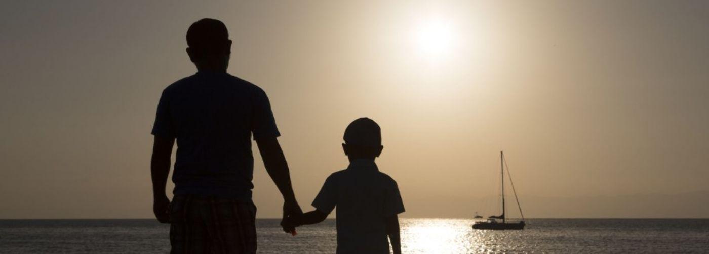 Я испугался, когда в школу пошел мой строгий отец! Лишь через годы его мудрость поразила меня