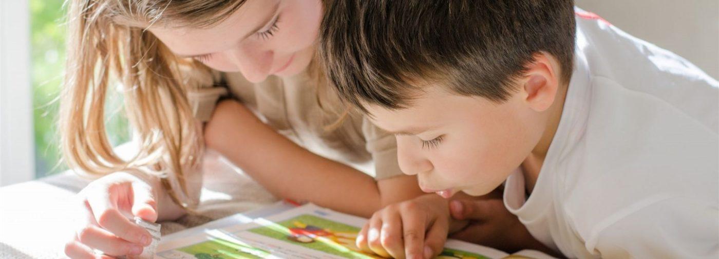 Вы бьетесь, а ребенок лишь устает. Почему при дислексии зазубривание не сработает