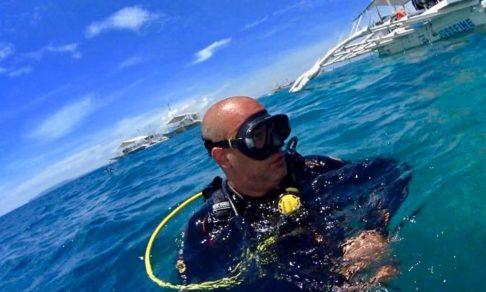 Играли у берега и утонули. Спасатель Карэн Агамалян — о людях на воде, беспечности и булавке в плавках