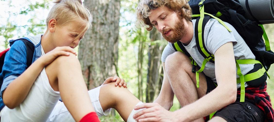 Что делать, если вы сломали ногу в лесу? 12 вопросов врачу-травматологу