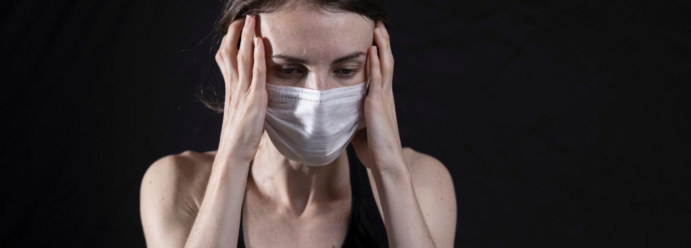 «Страх заражения возник не вчера». Как развиваются тревожные расстройства и когда нужна помощь