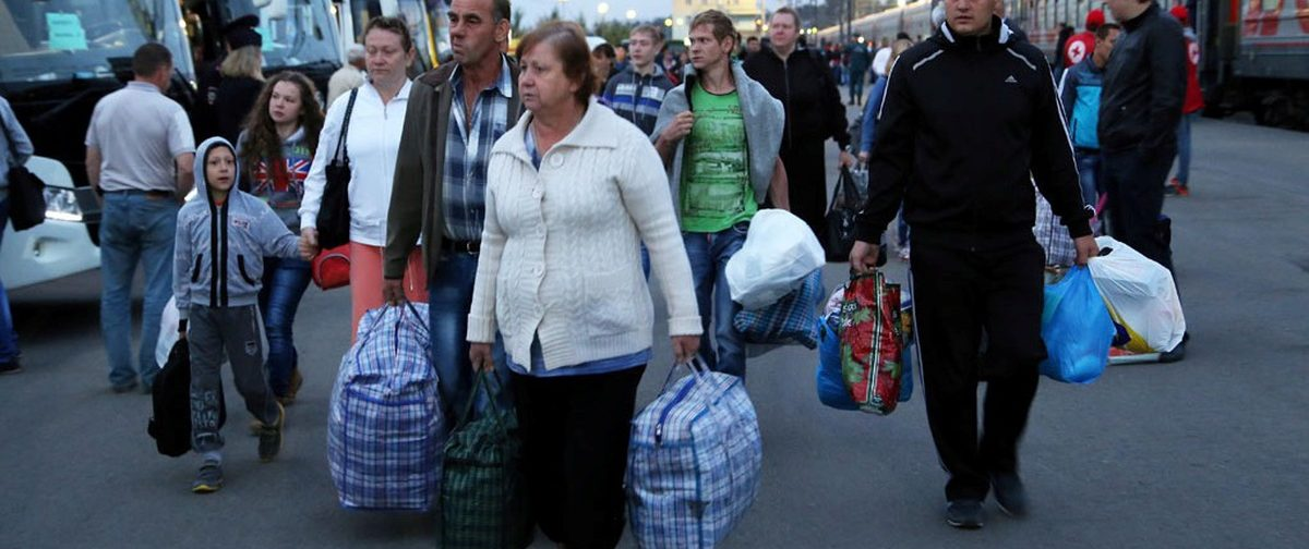 «В кризис зарплаты упадут». Будут ли россияне переезжать в другие регионы в поисках работы