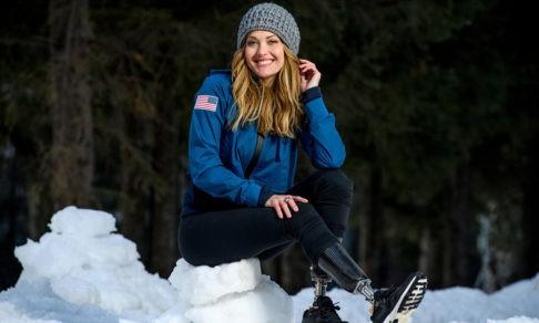 Эми потеряла обе ноги, а потом стала чемпионкой мира. Как после операции она снова встала на сноуборд