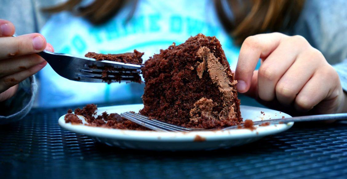 Мы без конца едим шоколад, а сердце голодает