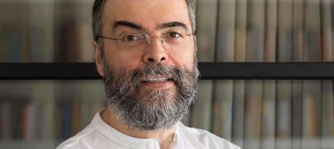 Архимандрит Андрей (Конанос): Я снимаю свои священнические одежды