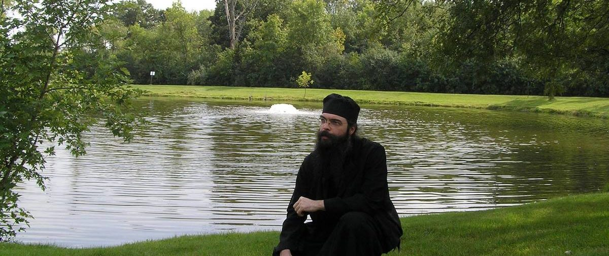 Андрей Конанос не отрекался от монашеских обетов. Объясняем, почему